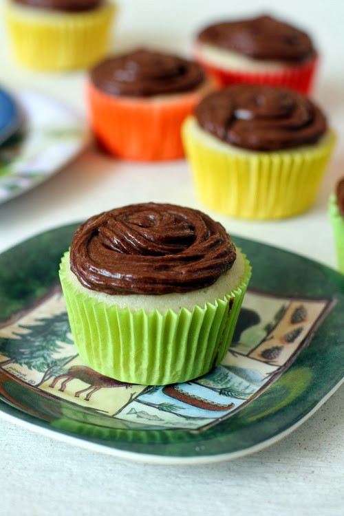 Vanilla Cupcakes with Nutella Frosting, Cupcakes, Vanilla,  Nutella Frosting